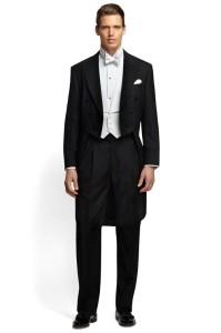 結婚式で着用する燕尾服