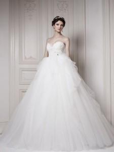 ウェディングドレスの写真